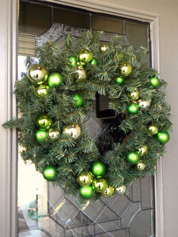 Decorating Wreath With Christmas Balls Green Natural Christmas Wreath With Green Christmas Berries Ball