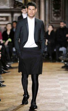 trend alert men in skirts pinterest rock f r m nner und strumpfhose. Black Bedroom Furniture Sets. Home Design Ideas