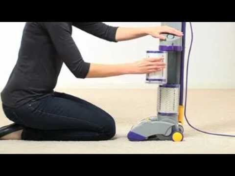 Dyson Dc03 Washing The Filter Official Dyson Video Dyson Vacuum Cleaner Vacuum Cleaner Upright Vacuum Cleaners