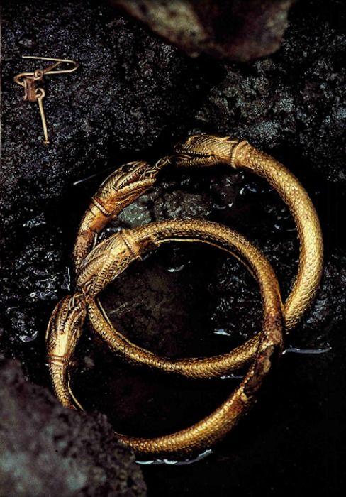 Souvent Épinglé par Wiz Ardo sur Archéologie Histoire Celtes | Pinterest  IF63