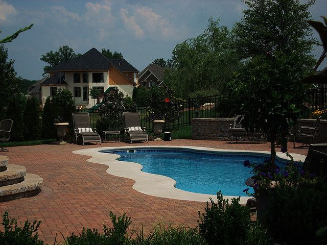 Caribbean 23a viking pools free form clearwater for Pool design louisville ky