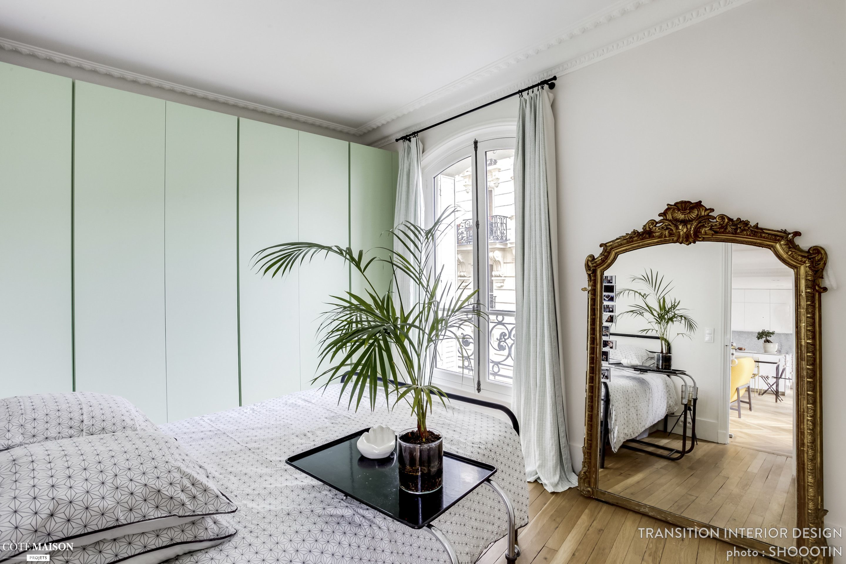 R Novation D Un Appartement De 75 M2 Paris Transition Interior