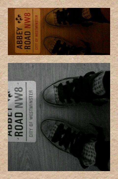 Abbey Road. Le Converse più fighe del mondo...Converse con i lacci di raso... <3 Me ne innamorai!