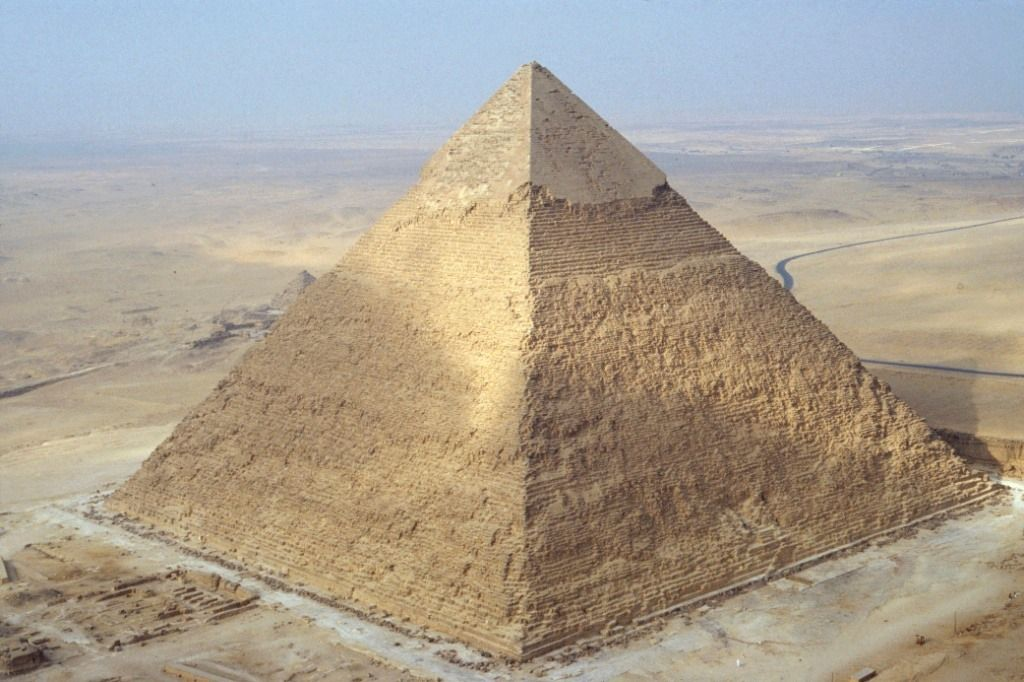 Piramides Recherche Google Pyramids Wonders Of The World Shapes Egypt