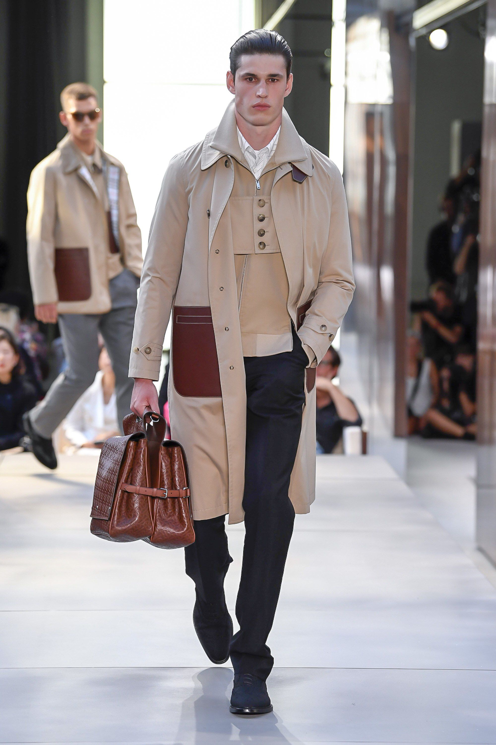 7eb146c5945e Burberry Spring 2019 Ready-to-Wear Fashion Show Collection  See the  complete Burberry Spring 2019 Ready-to-Wear collection. Look 62
