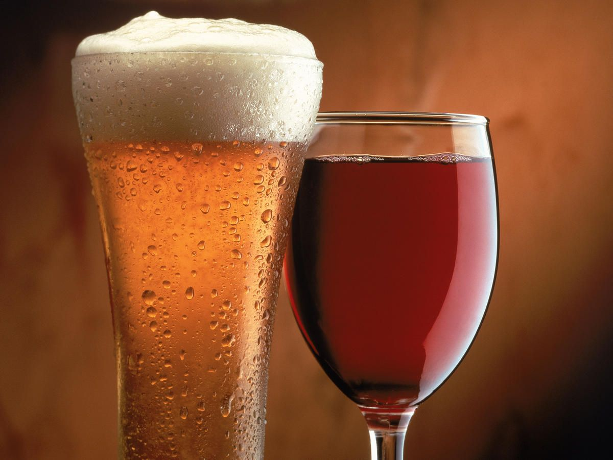 Beer And Wine Drinking Order Makes No Difference When It Comes To Hangovers Says Science Beer Alcoholic Drinks Beer Before Wine