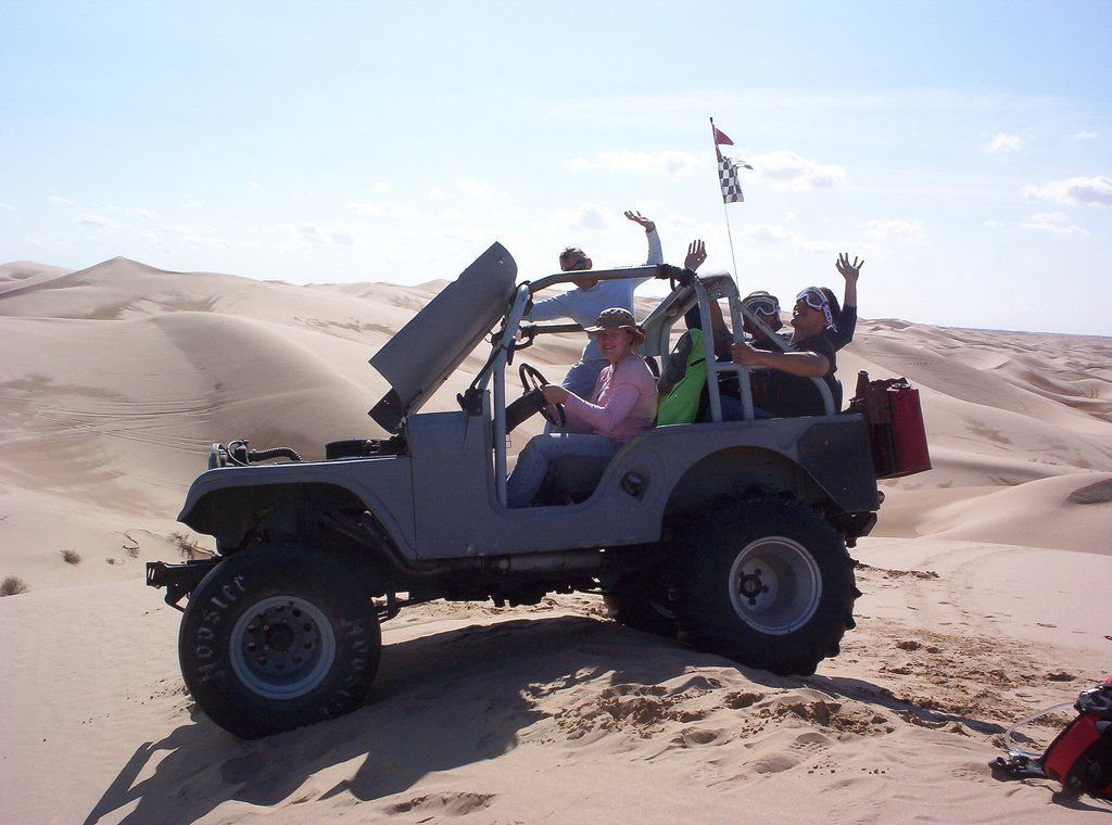 A Jeep Owner S Best Tips For Off Road Driving On Sand Dunes Sand