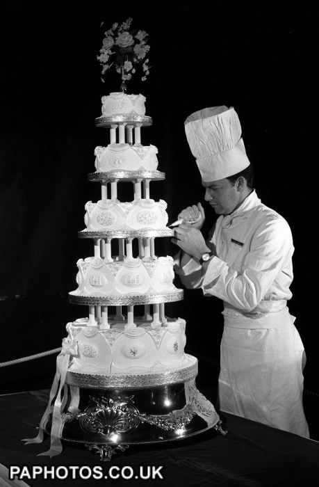 Image Result For Royal Wedding Cake History