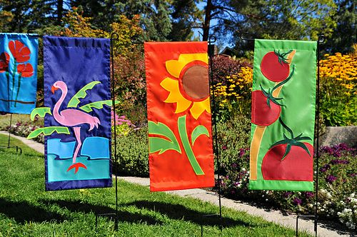 17 Best 1000 images about Outdoor Garden Flags on Pinterest Outdoor