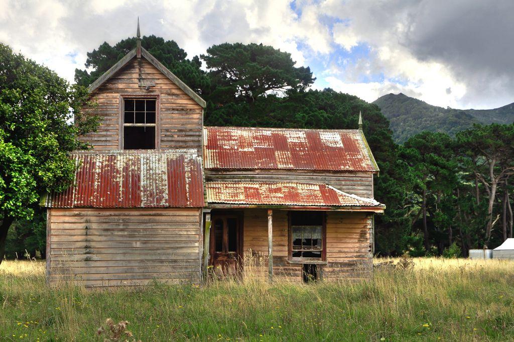 old house  cross creek  lake wairarapa  wellington  new zealand  by brian nz