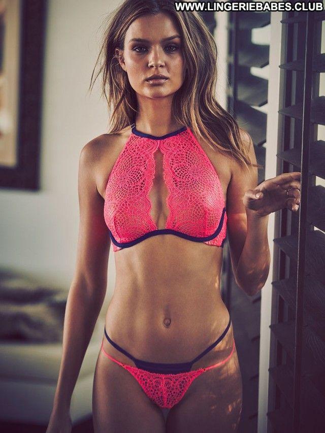 Glamour model lingerie galleries, sexy mom fucks boy