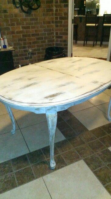 Shabby Oval Table