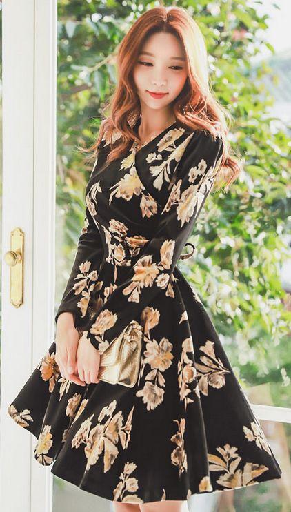 StyleOnme_Floral Print Velvet Wrap Style Flared Dress #black #floral #flower #dress #velvet #falltrend #koreanfashion #dailylook #feminine #girly #elegant #kstyle