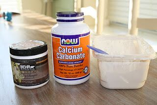"""""""Annie Sloan'' Chalkpaint Recipe - no sanding, no priming, quick dry, easy distress, seal with wax...(Mix satin finish latex paint in a 3:1 ratio with calcium carbonate - voila! - Remember to first mix calcium carbonate with a little hot water to form a smooth paste and eliminate lumps, before adding to well-stirred latex paint and then stirring  /mixing really well before painting)"""