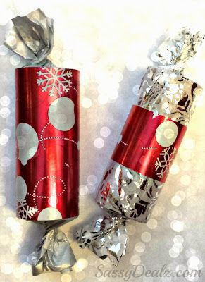 Toilet Paper Roll Christmas Gift Boxes/ Packages For Kids. Special xmas presents from the kids or even stocking stuffers! #Christmas craft for kids |  CraftyMorning.com