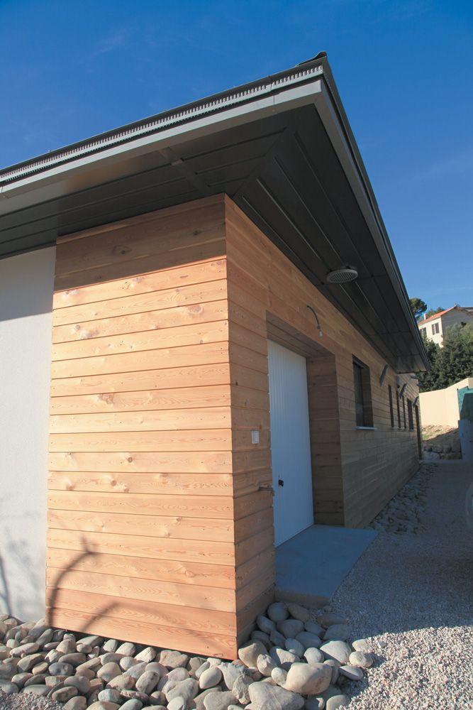 La villa oxyg ne villas concept r alis e avec des mat riaux innovants comme le zinc les for Construction bois zinc