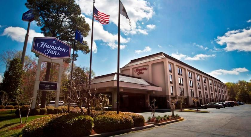 Hampton Inn Charleston Airport Coliseum North Just Minutes Away From South Carolina S International And With Free Shuttle