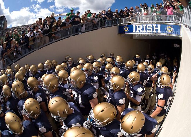 Out Of The Tunnel Notre Dame Football Norte Dame Fighting Irish Notre Dame Irish