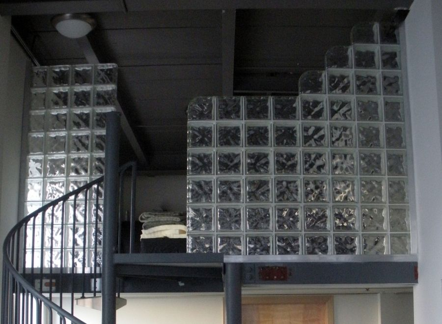 How To Use Double Ended Glass Blocks Cool Office Spaces