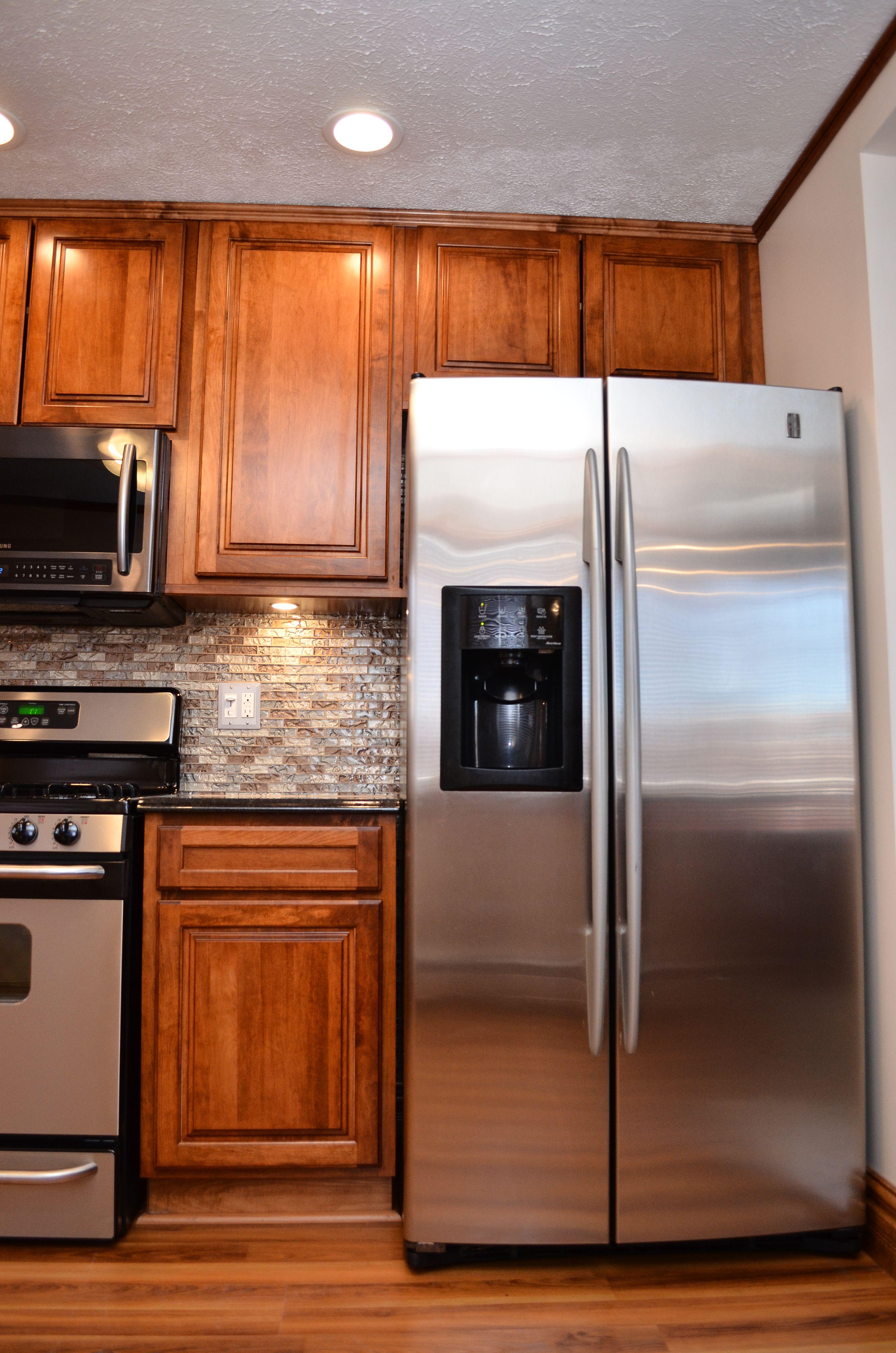 Haas Signature Madison Square Maple Pecan Kitchen Redo Kitchen Kitchen Cabinets