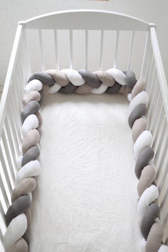 Gevlochten wieg bumper in gemengde kleuren biologisch - Comment mettre le tour de lit ...