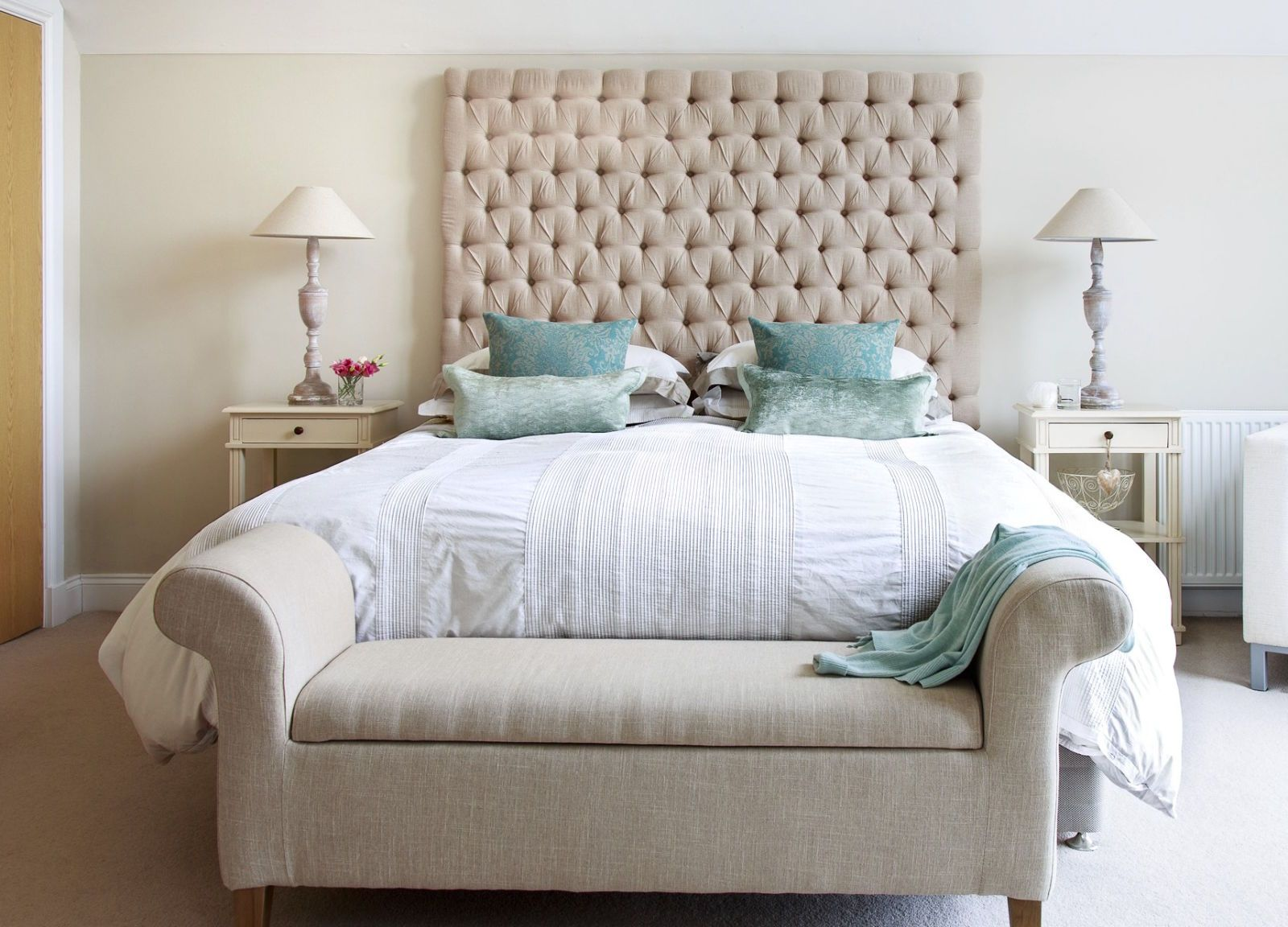 8 Changes Your Bedroom Needs So You Can Sleep Better