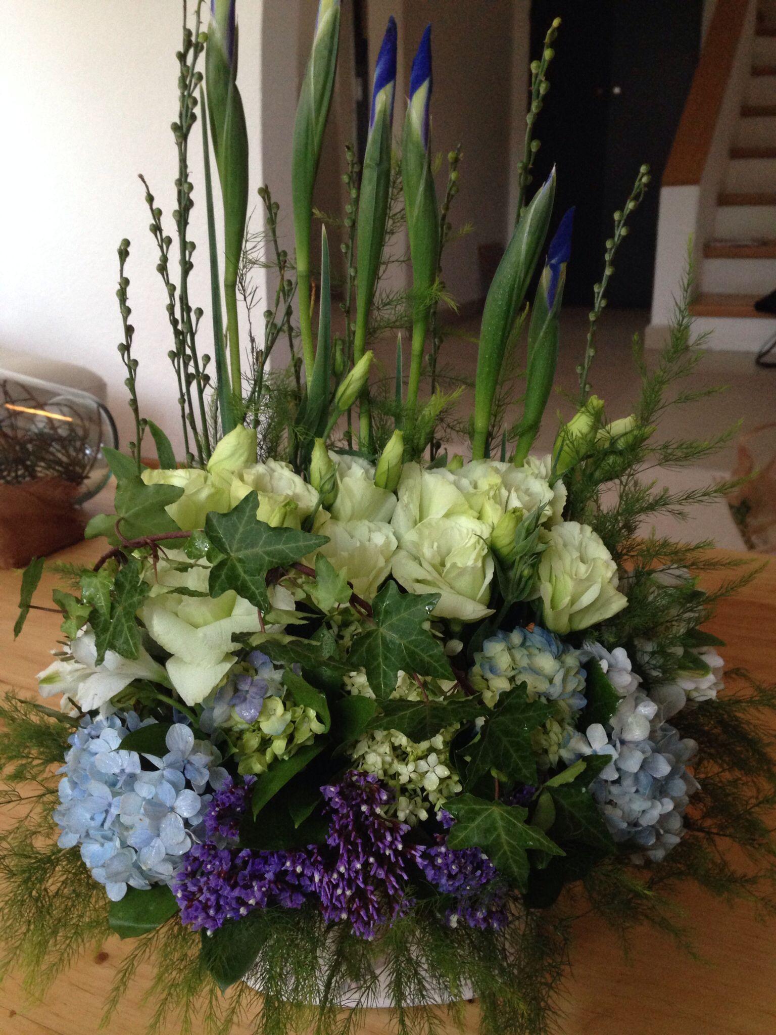 Lisiantus hortensias e iris florals pinterest florals flower shops lisiantus hortensias e iris izmirmasajfo