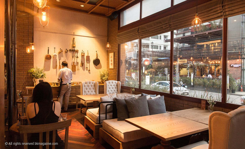Warm Wood Cafe Wood Cafe Cozy Cafe Interior Cozy Coffee Shop
