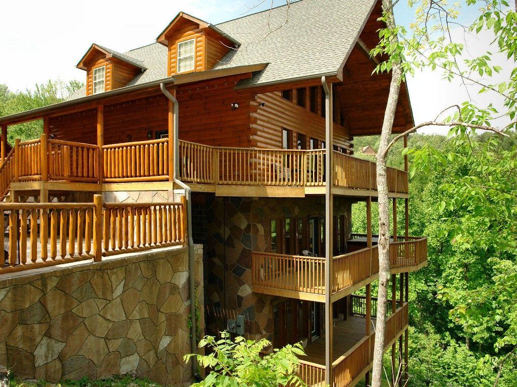 Cabin vacation rental in gatlinburg from vrbo com 458428 redneck ritz 7 bedrooms 675 nt
