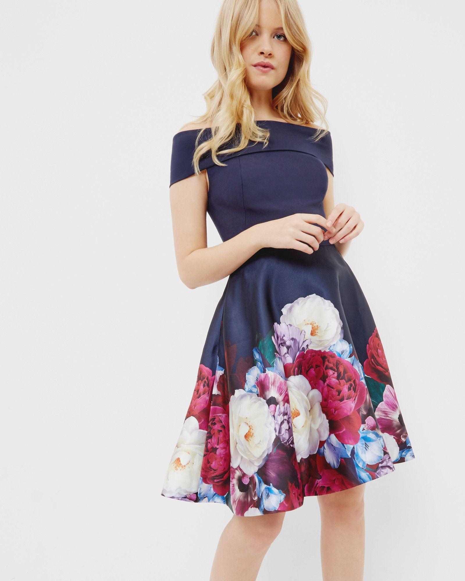 Bardot-Kleid mit Blushing Bouquet-Print - Marineblau | Kleider | Ted ...