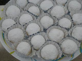 Cuisine Show De Latifa كرات الثلج بالليمون حلويات العيد Outdoor Decor Decor Home Decor