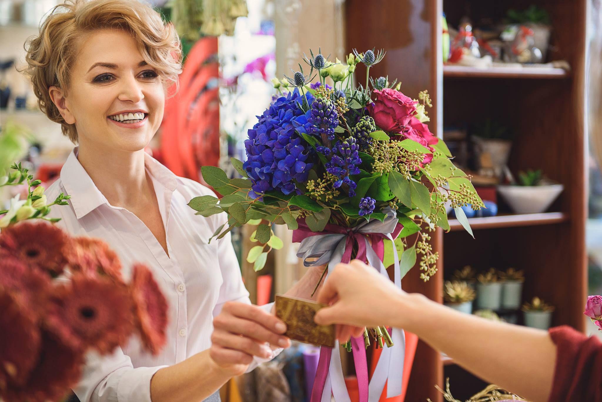 Get quick and flexible merchant account for flower shop. E