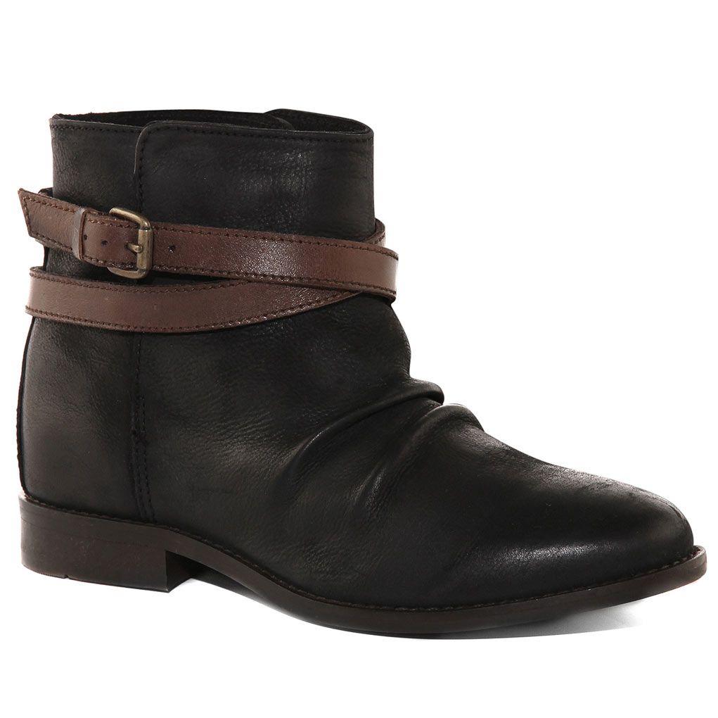 SADIE SLIDE - BLACK LEATHER - Evans Shoes