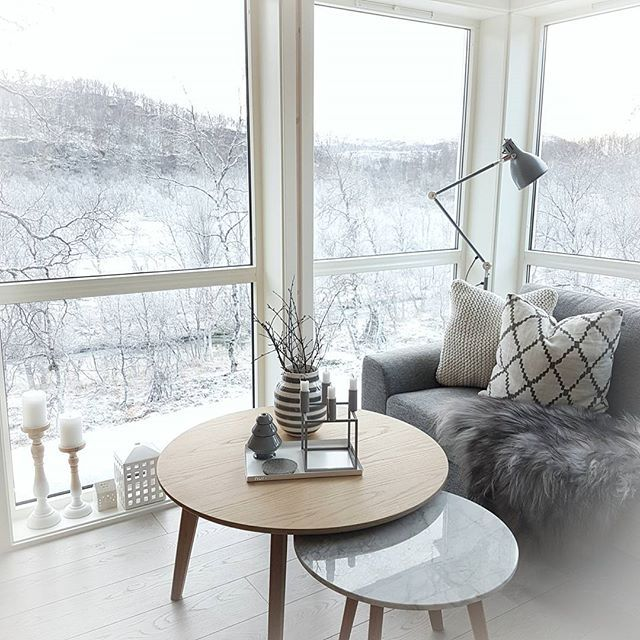 Hello cold days ❄❄ • • #interiores #interiør #interiordesign #homestyling #decoration #homedecor #interiorstyling #interior4you1 #interior4all #finehjem #nordiskehjem #skönahem #interiorandhome #interiorwarrior #passion4interior #interieur #interior_and_living #dream_interiors #interiorstyled #mynordicroom #nordikspace #interior125 #interior9508 #interior123 #winter #Norway #snow #fredagsinspo @hanneromhavaas