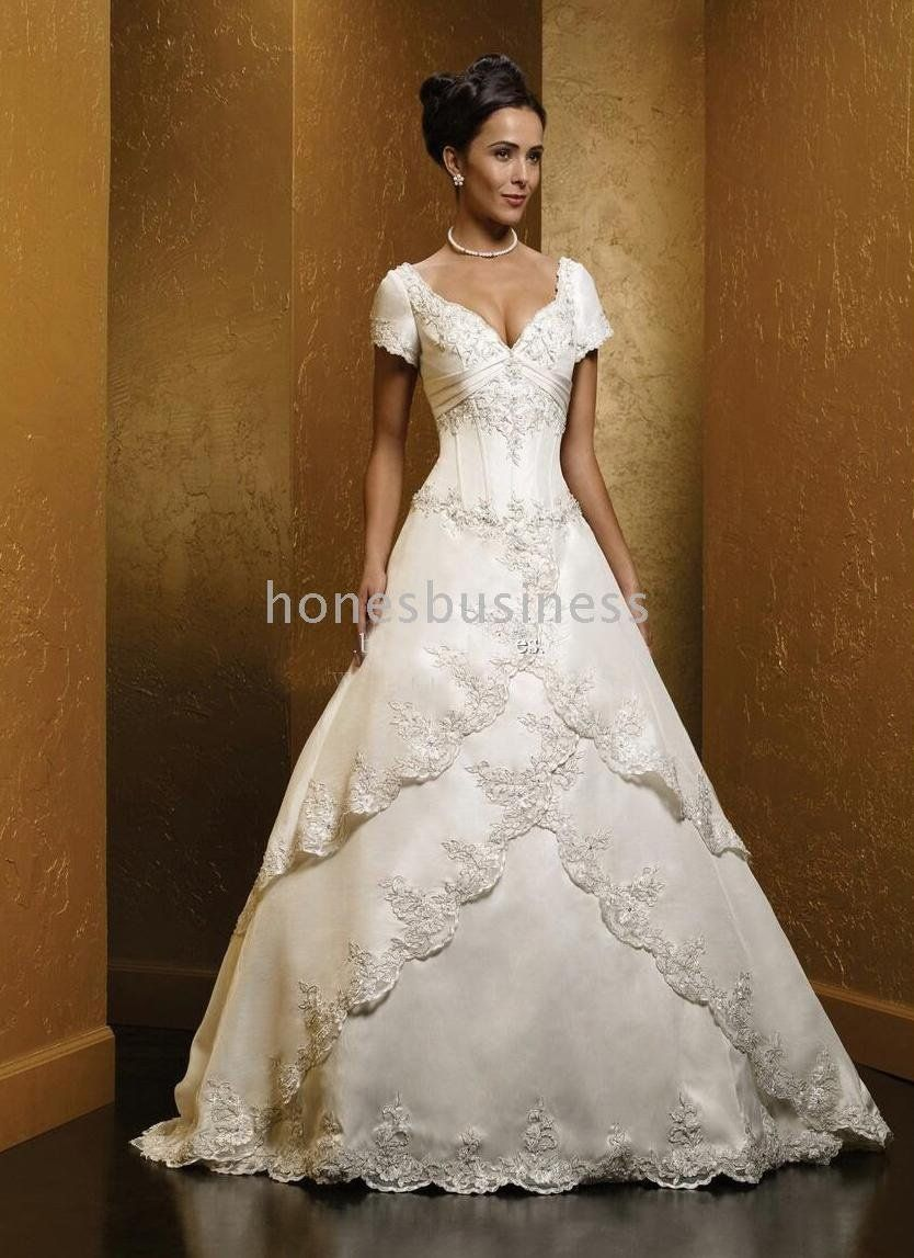 Wedding Dresses With Color Sleeves
