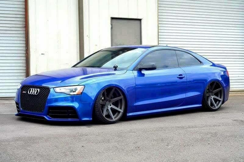 Love this color. It's Like royal blue with an Ultra Blue pearlescent