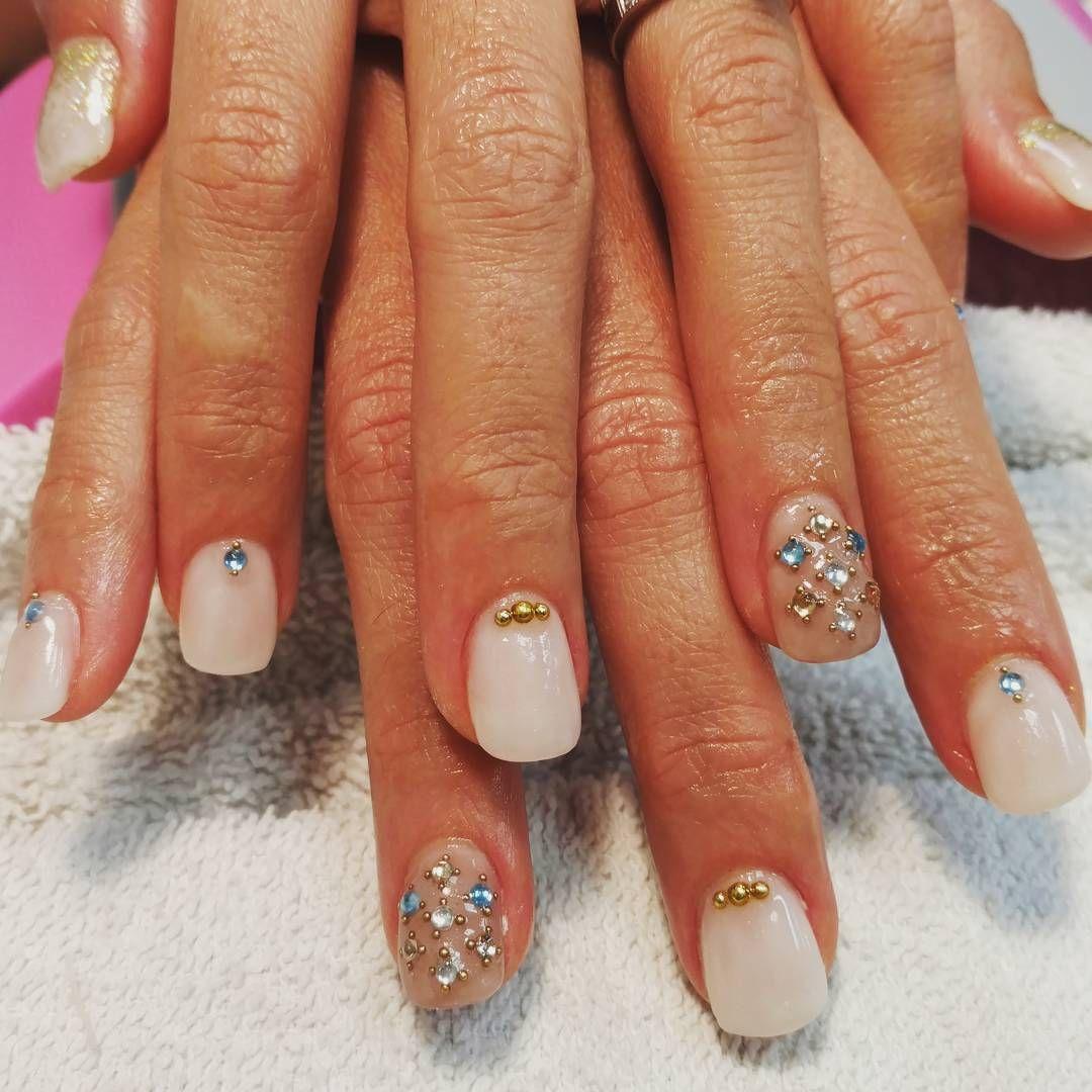 My second set of #acrylics #nails #acrylicnails #3dnailart #crystals ...