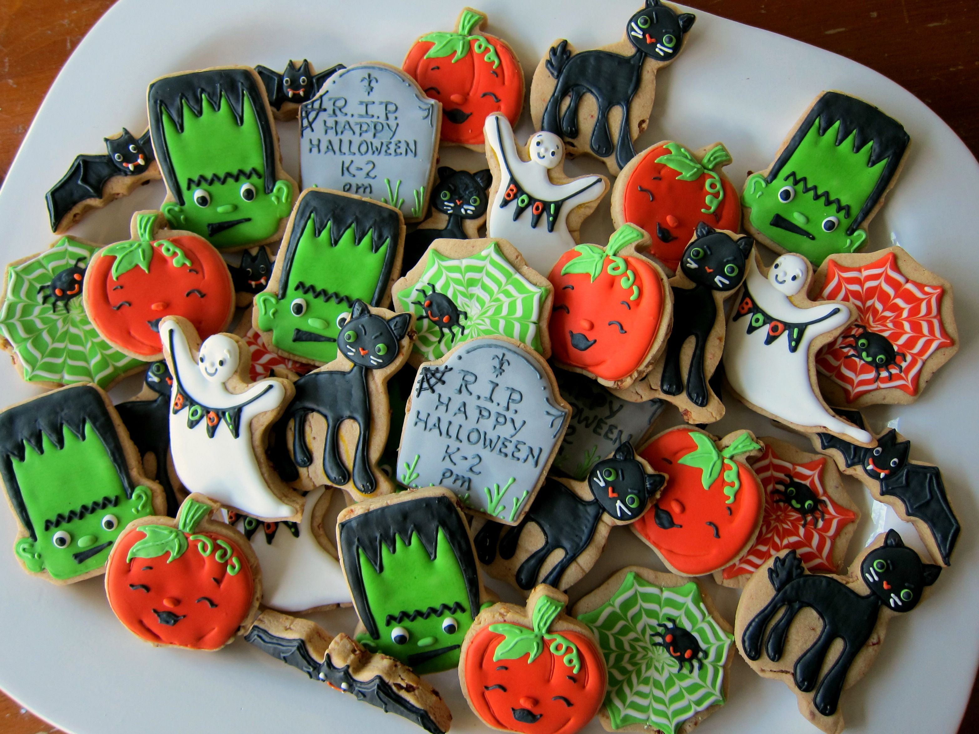 Halloween Decorated Cookies Cookie Designs Pinterest Cookie - Halloween Decorated Cookies