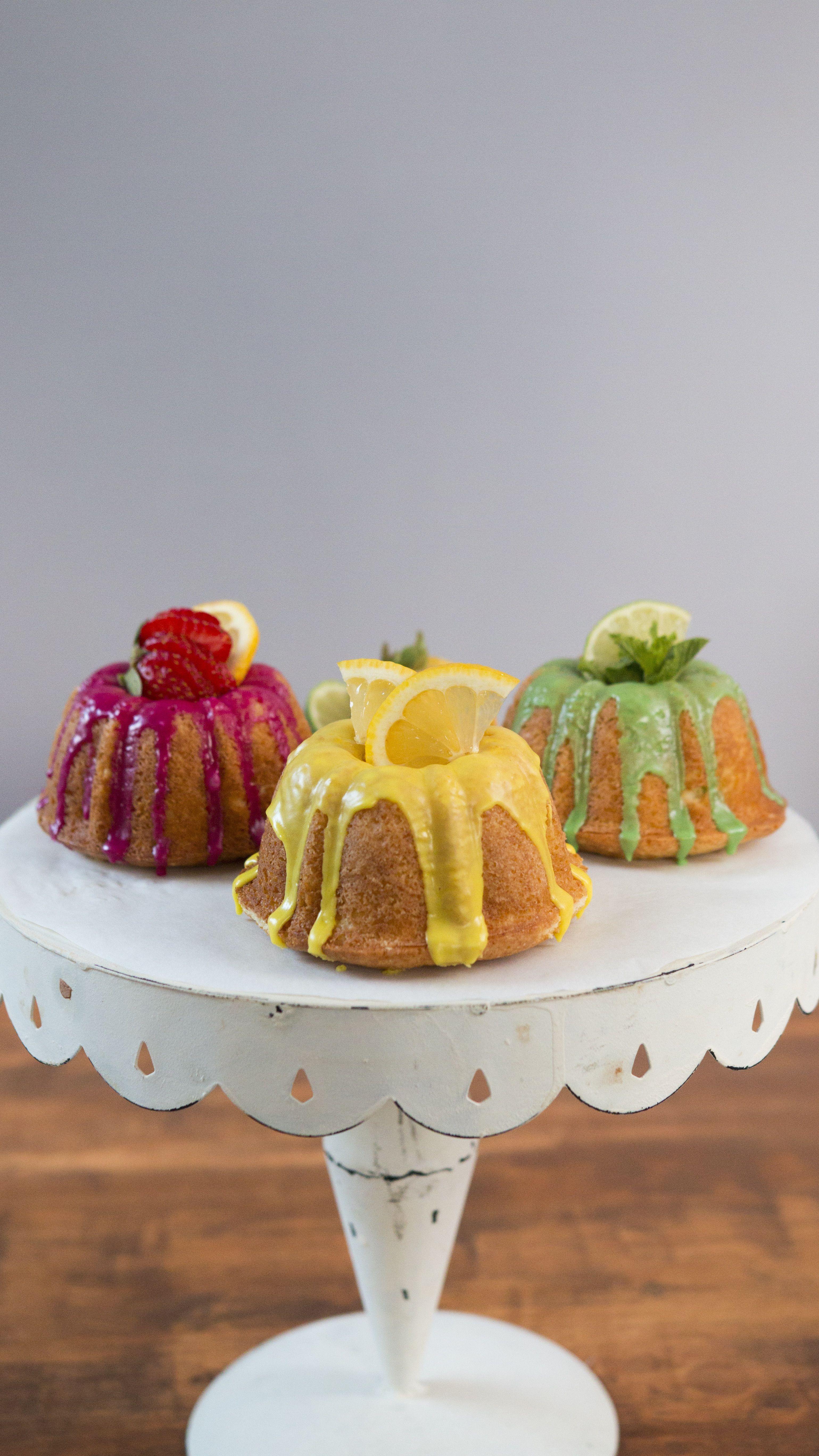Mini lemonade bundt cakes recipe tastemakers in the