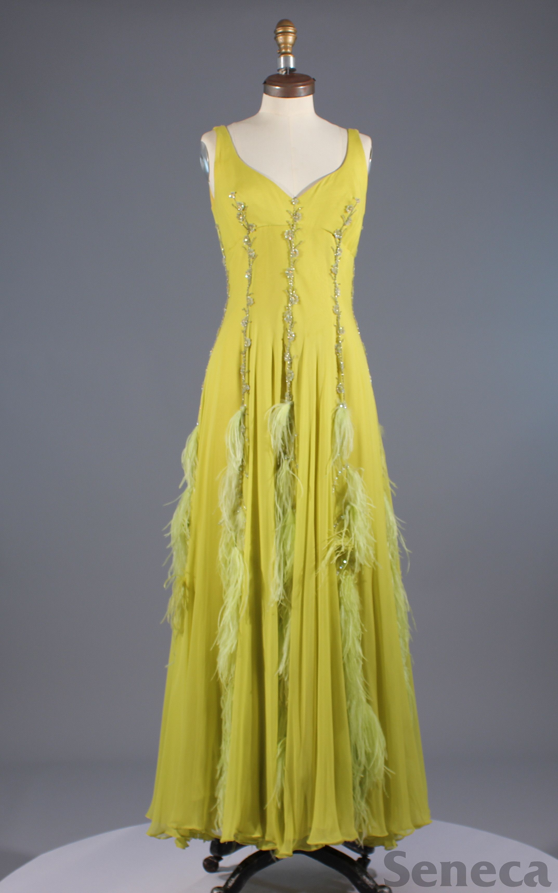 1960s gown with ostrich feathers | 60sー70s fashion 2 Clothing ...