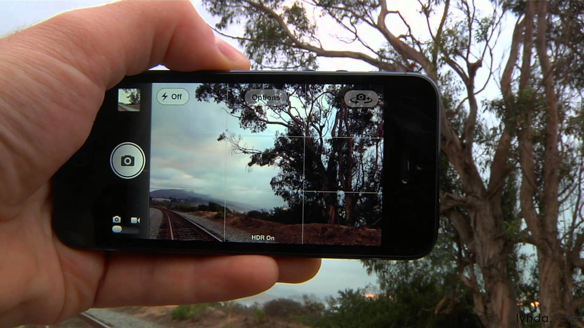 Phone Photography 101 How To Take Good Pictures With Your Mobile Device Smartphone Photography Tricks Smartphone Photography Phone Photography
