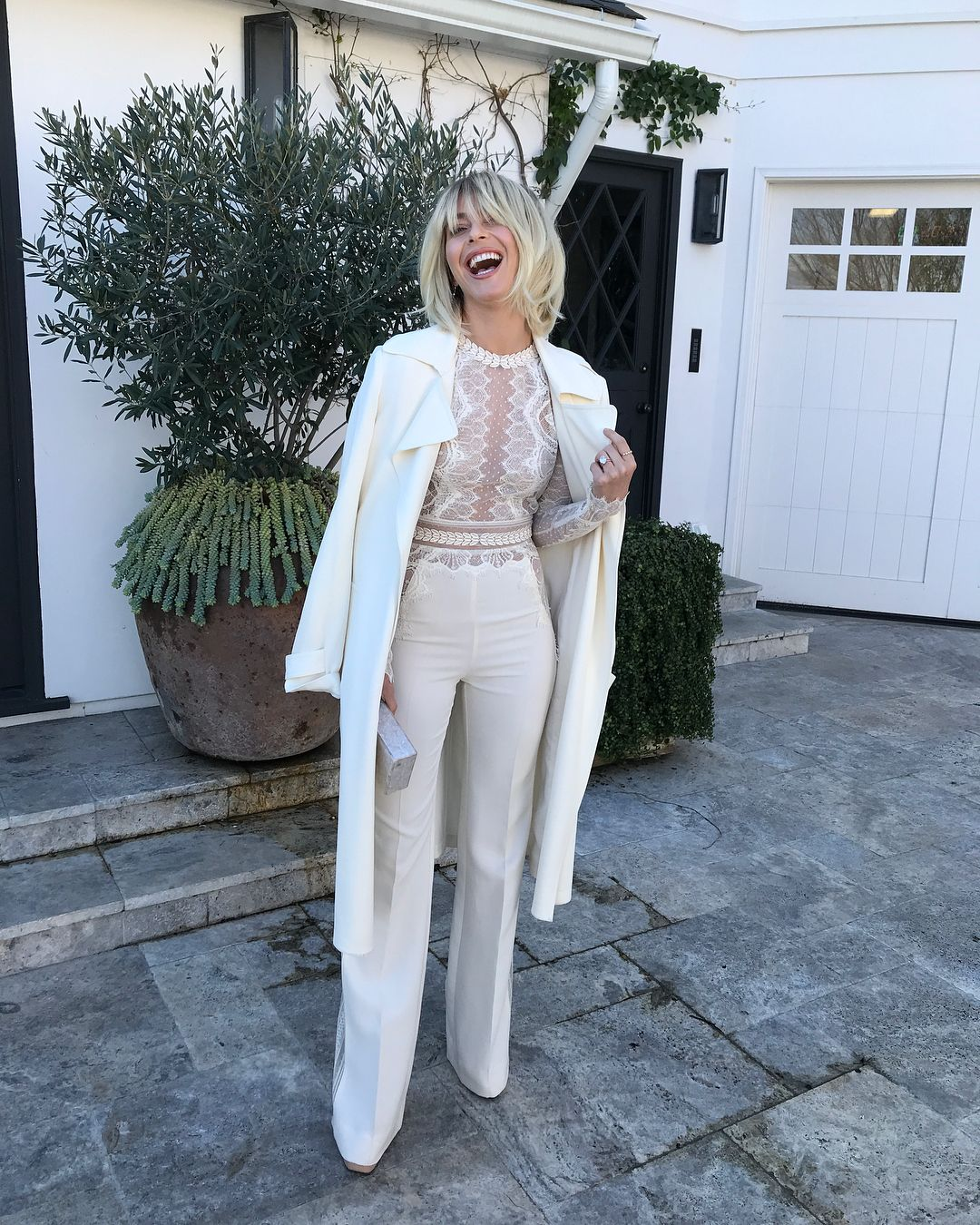 Julianne Hough Just Got Long, Shaggy Bangs and They Look SO '60s #juliannehoughstyle