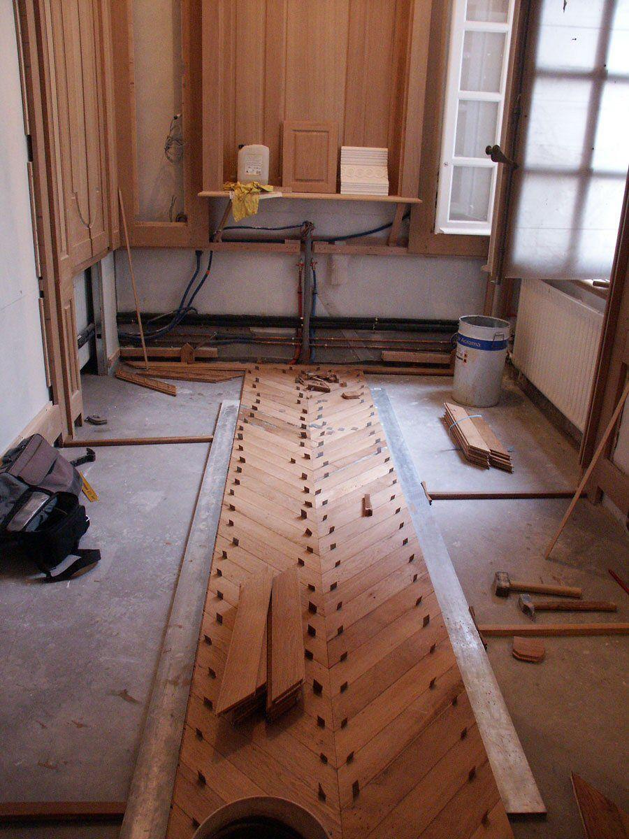 Chevron harwood floor flooring floor installation