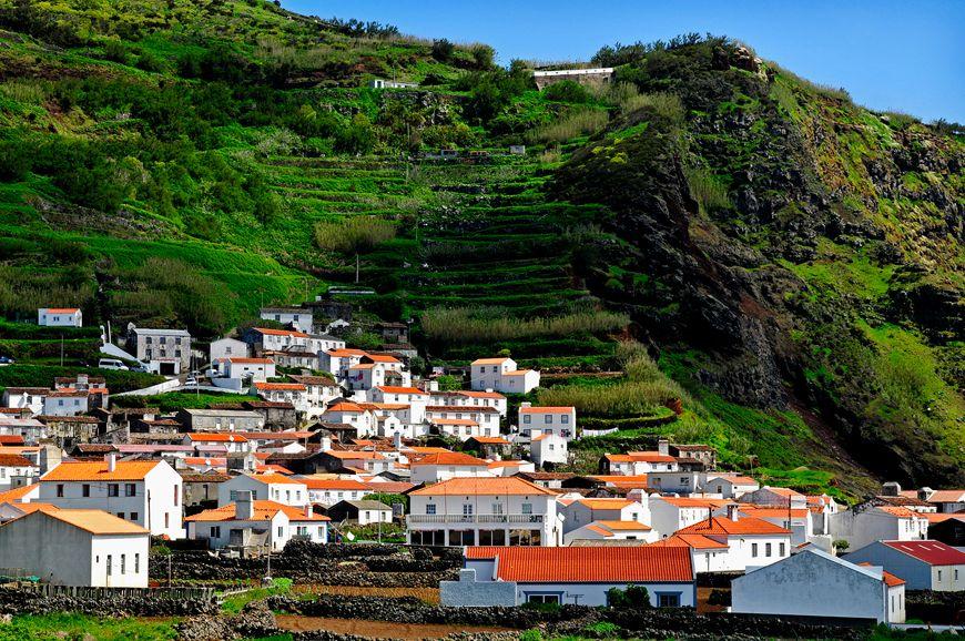 Existem locais nos Açores onde a tranquilidade é uma constante. | There are places in Azores where tranquility is a constant. Foto | photo: PHSilva | siaram.azores.gov.pt