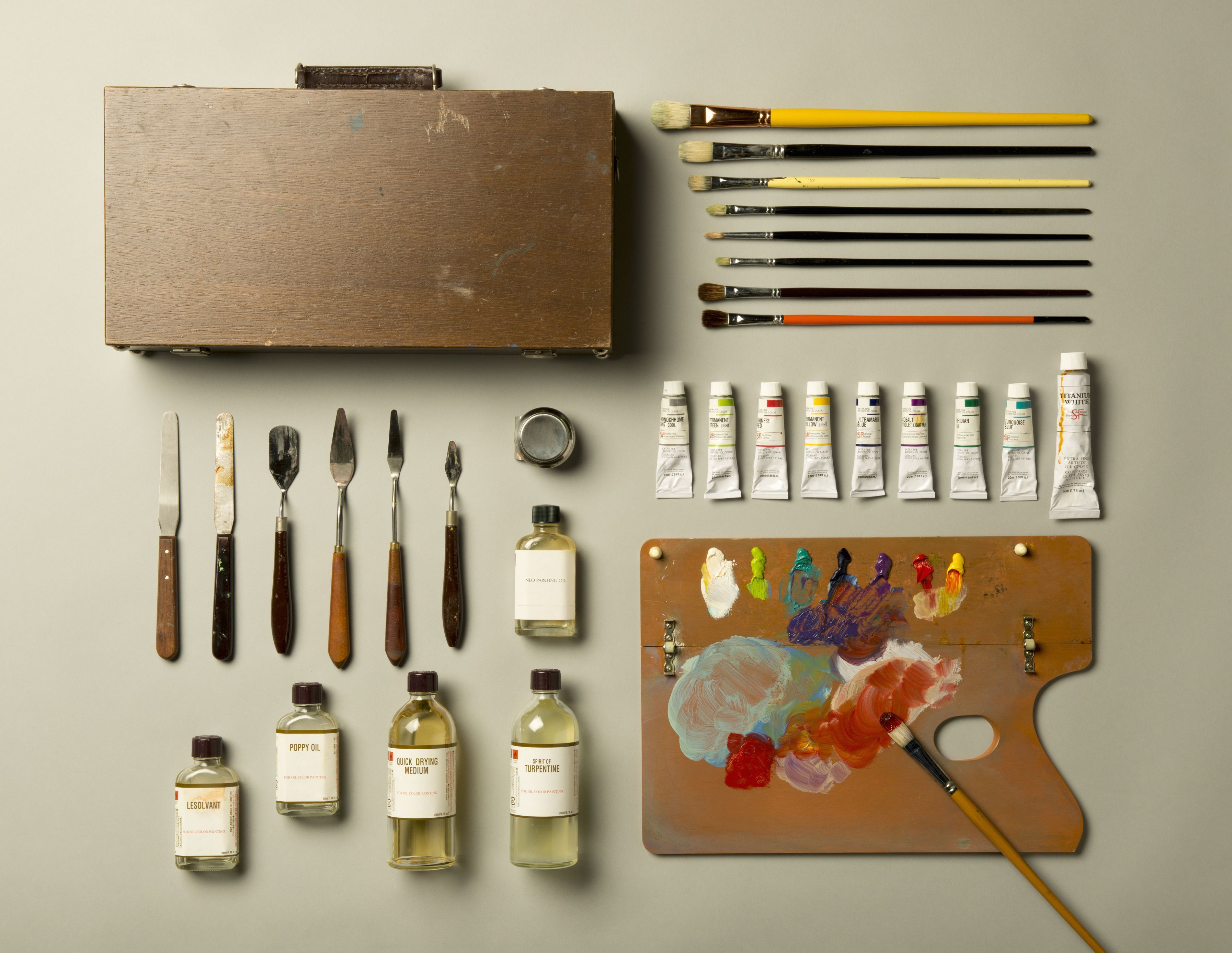 A Complete List of Oil Painting Supplies that every Beginning Oil Painter needs - EmptyEasel.com