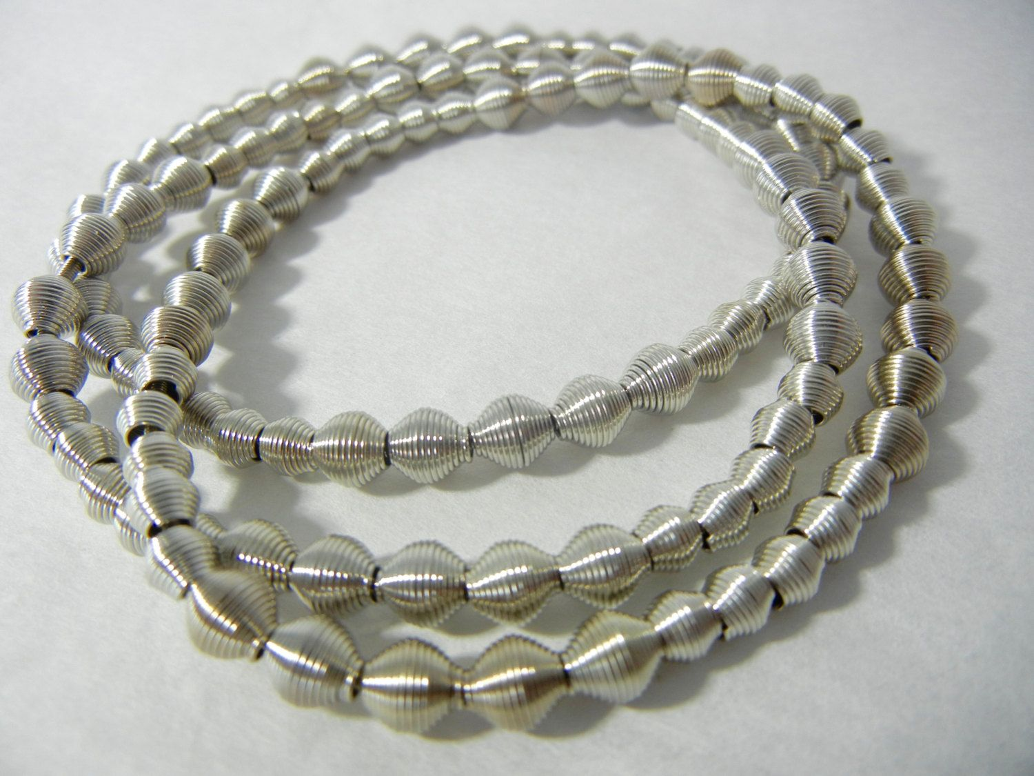 Piano Wire Silver Dots bracelet | Pianos and Bracelets