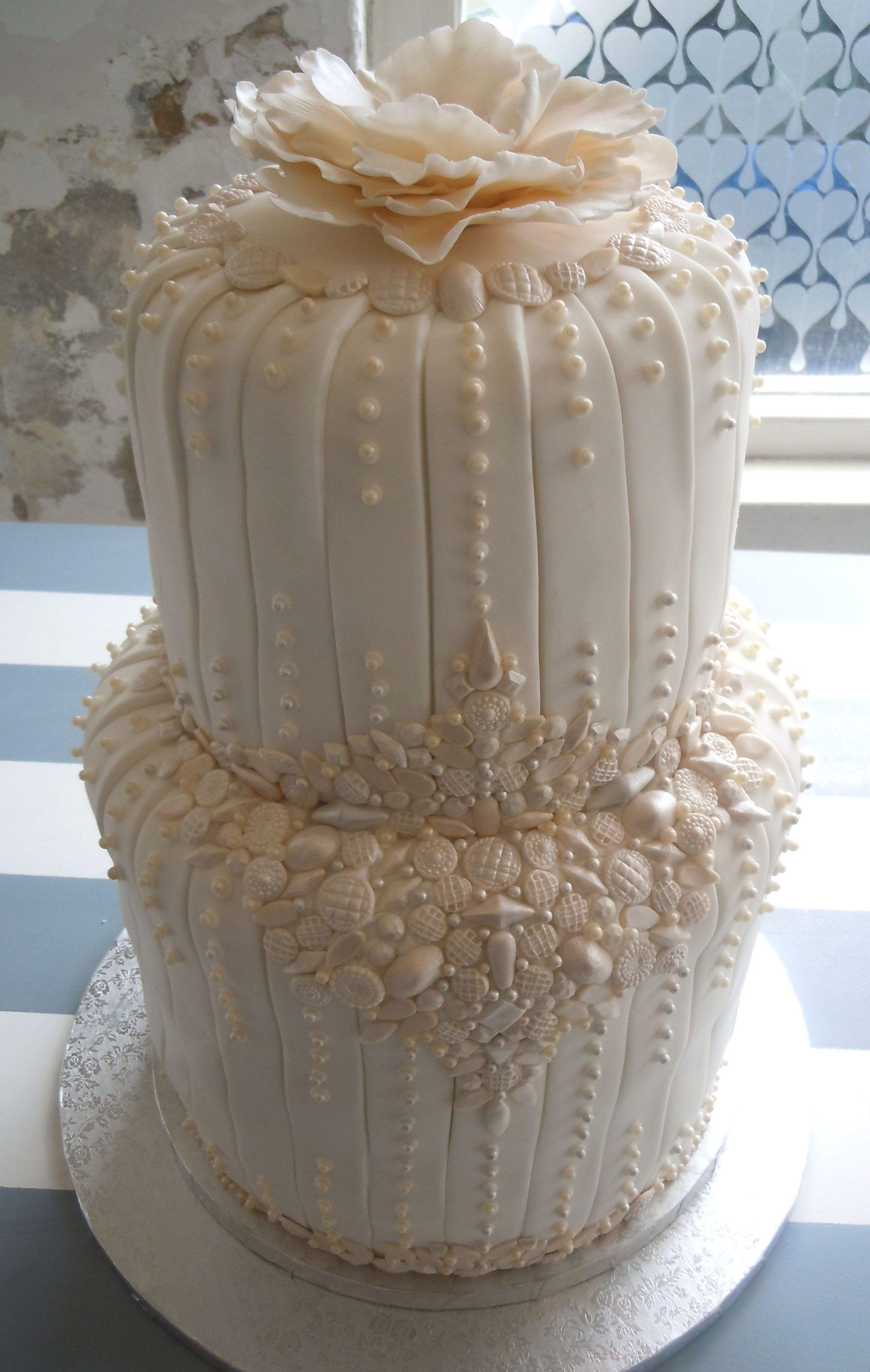 Great Gatsby wedding cake Let Them Eat Wedding Cake