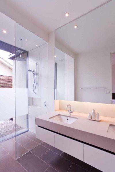 Pin von Schoko Ayred auf Bathroom deluxe in 2018 Pinterest Badkamer