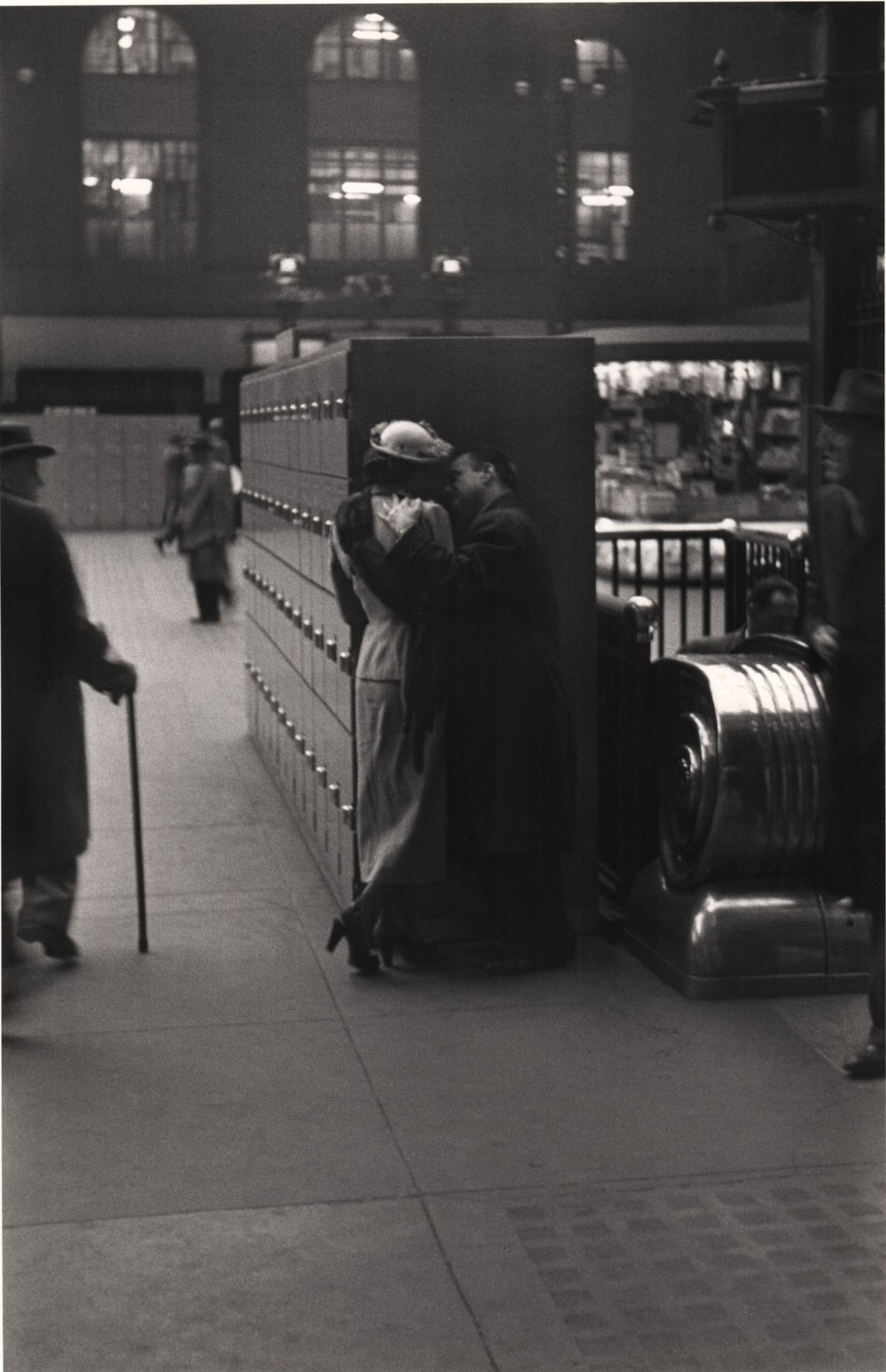 Pennsylvania Station, New York, 1946-47  photo byLouis Faurer