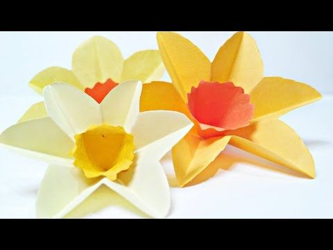 Daffodils Narcissus Paper Flower For Wall Decoration Arts And Crafts Paper Flowers Easy For Kids Youtube Paper Flowers Craft Paper Flowers Paper Flower Art